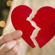 (1) Научниците откриваат: Зошто шансите за развод се поголеми на крајот од август?