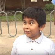 Никој не е повозбуден за почетокот на учебната година како ова детенце кое треба да тргне во 4-то одделение!