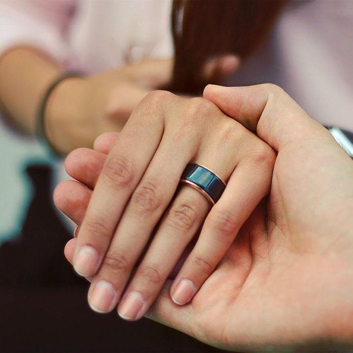(2) Прстен кој ви овозможува да го чуете срцебиењето на саканата личност