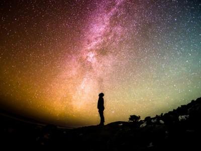 10 знаци дека со сигурност сте Змијоносец во хороскоп