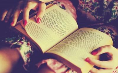 8 едноставни совети кои ќе ви помогнат да читате повеќе