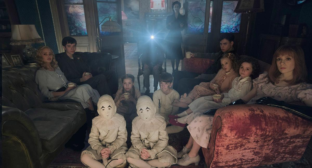 (1) Филм: Домот за необични деца на госпоѓица Перегрин (Miss Peregrine's Home for Peculiar Children)