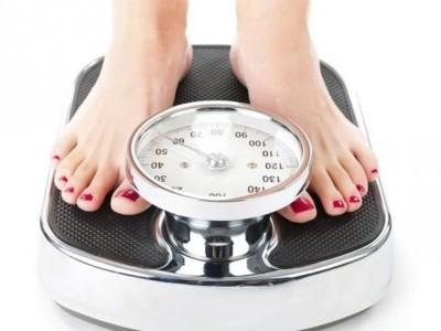 Научно докажани причини кои објаснуваат зошто постојано се дебелеете
