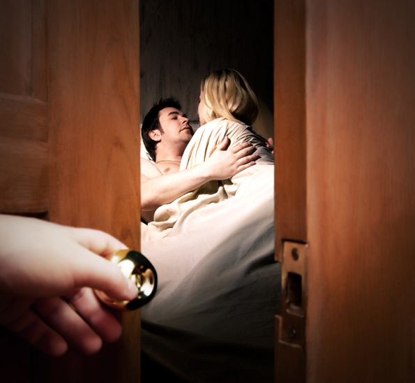 5 работи кои морате да ги земете предвид пред да го изневерите вашиот партнер