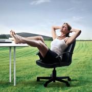 5 антистрес вежби за прогресивно опуштање на мускулите што можете да ги правите и на работното место