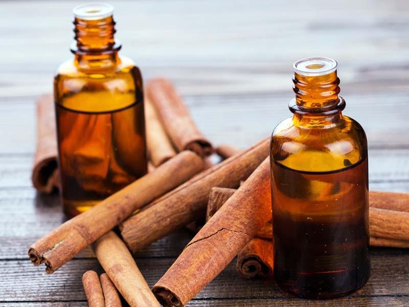 Чудесно масло од цимет кое има моќ да ви ги уништи сите токсини во телото