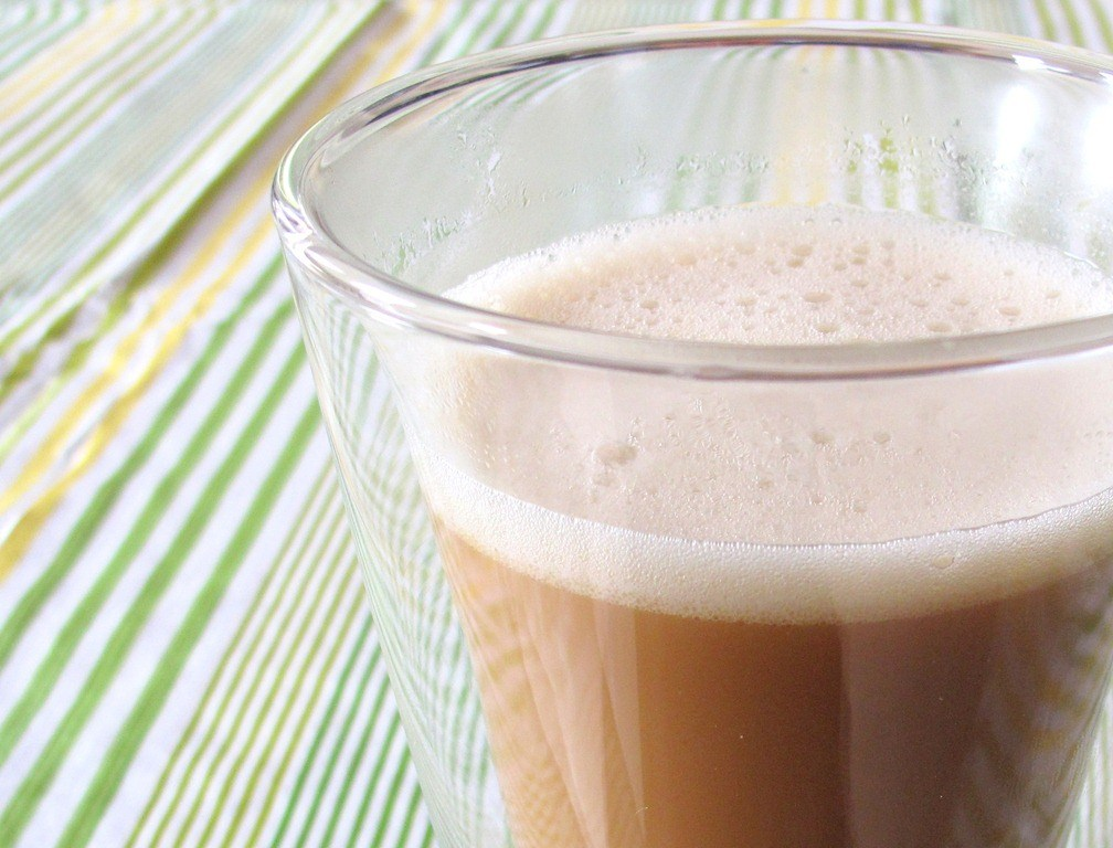 Кафе со кокосово масло: Вкусен пијалак за одржување витка линија