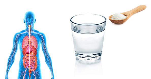 Новак Ѓоковиќ препорачува: Пијте солена вода 7 дена по ред и подобрете го вашето здравје