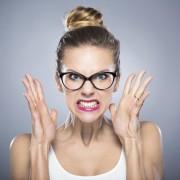 Вистина ќе ве ослободи, но најпрво ќе ве разлути: 7 цитати на кои треба да се сетите кога сте лути