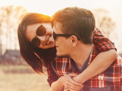 Тажно е тоа што младите денес се плашат од сериозна врска