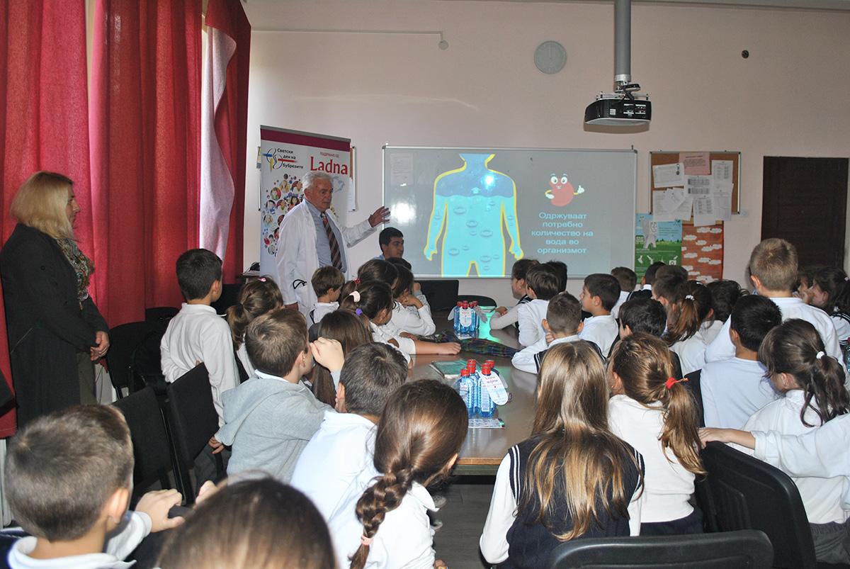 """(1) Детски едукативни работилници """"Со здрави навики до здрави бубрези"""""""