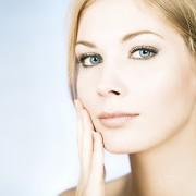 Еве на кој начин треба да ја чистите и негувате вашата кожа