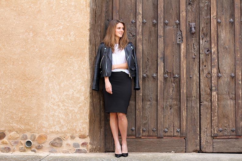 1-modna-inspiracija-5-nachini-na-koi-mozhete-da-go-nosite-moliv-zdolnishteto-www.kafepauza.mk_