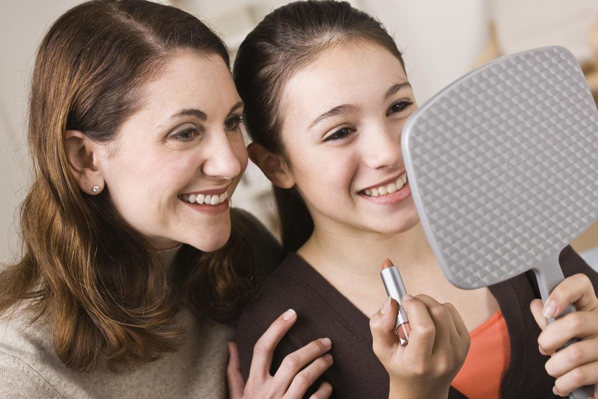 Овие мајки им откриваат големи тајни на своите ќерки