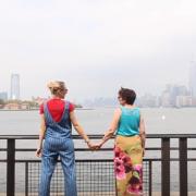 Жена која сфатила дека животот е премногу краток, заминала на патување со својата мајка