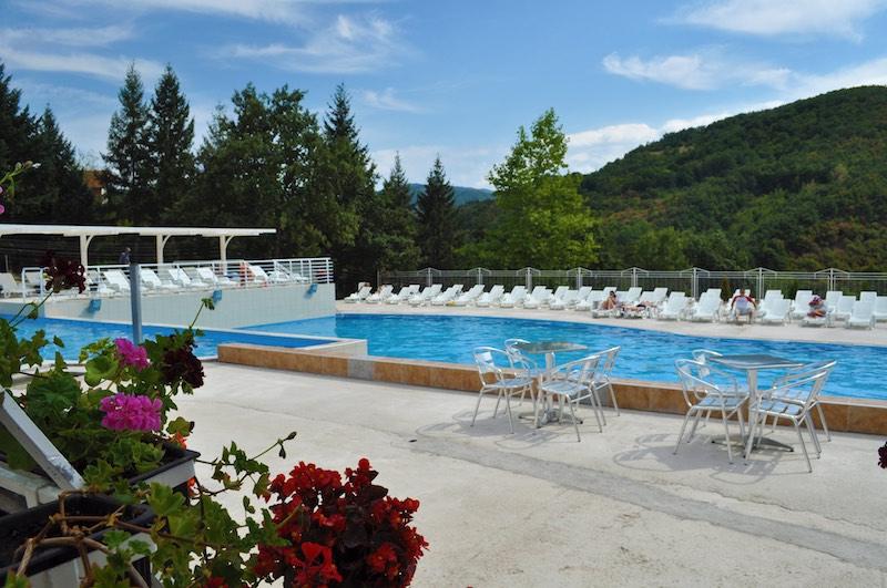4 prolom banja hotel (kafepauza.mk)