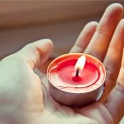 Палење свеќи