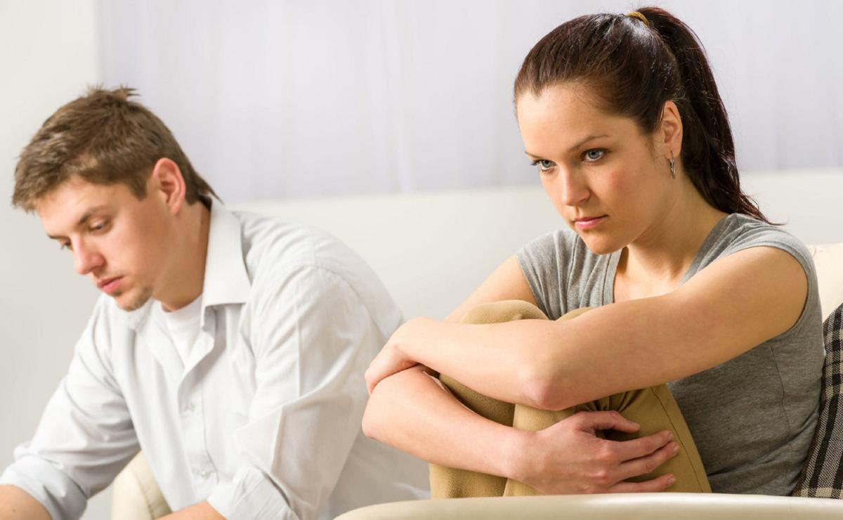 Кога совршениот партнер се претвора во вистински кретен: Како да се справите со оваа промена?