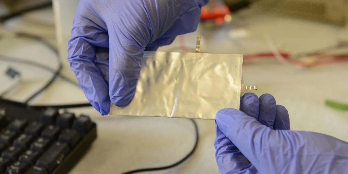 Научниците во пресрет на револуционерно откритие: Батерија за телефон која се полни само неколку секунди?