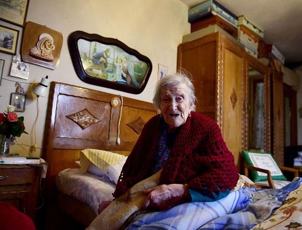 Последната жива личност родена во 19-тиот век, денес го прославува својот 117-ти роденден