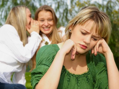 Психолозите советуваат: Не сте во депресија, туку опкружени сте со глупави луѓе