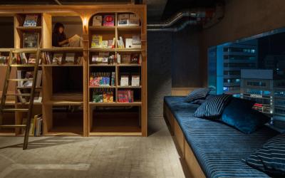 За сите љубители на читањето: Можете да спиете опкружени со 5.000 книги во новиот јапонски хостел