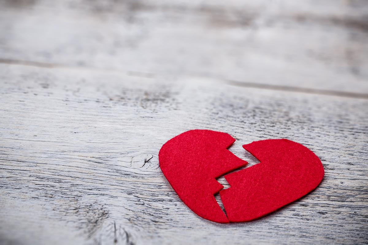 Љубовни приказни од само една реченица што ќе ви го скршат срцето