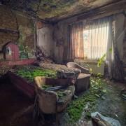 Соба во напуштен хотел