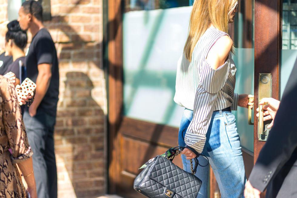 5-dnevni-parchinja-obleka-i-modni-kombinacii-koi-go-osvojuvaat-svetot-na-modata-www.kafepauza.mk_