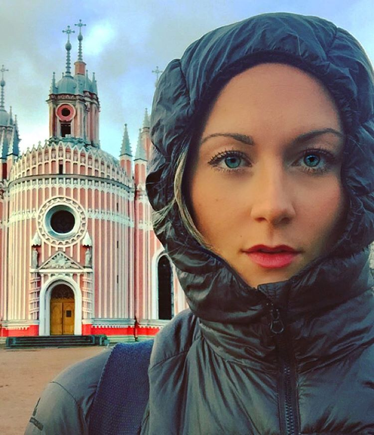 (5) На пат околу светот: Оваа девојка може да стане првата жена што ги посетила сите држави на планетата
