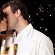5 начини кои ќе ви помогнат вашата љубовна врска да ја преживее празничната сезона
