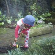 Детето со валкана облека е среќно дете