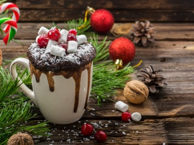 Едноставен и неодолив празничен десерт: Лава колач во шолја