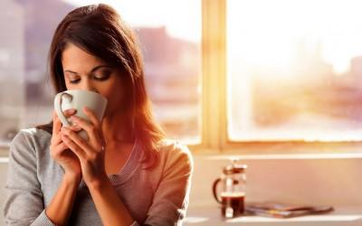 Како да препознаете претерано чувствителна жена?