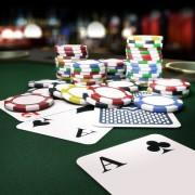 Што може да ве научи за животот играњето покер?