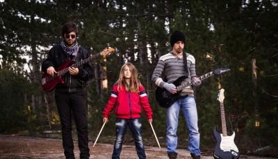 Видео запис за првата авторска песна на бендот Литиум: Приказна за љубовта запишана во сивиот дневник