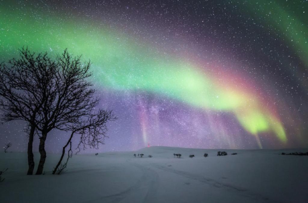 ZIMA - Page 7 3-magichni-zimski-fotografii-od-finska-pod-severnata-svetlina-1024x678
