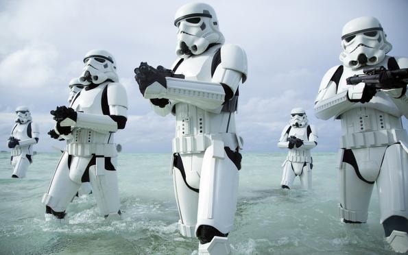 (5) Филм: Роуг 1: Приказна од Војна на Ѕвездите (Rogue One: A Star Wars Story)