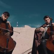 """2CELLOS го свират саундтракот од """"Game of Thrones"""" во прекрасниот Дубровник"""
