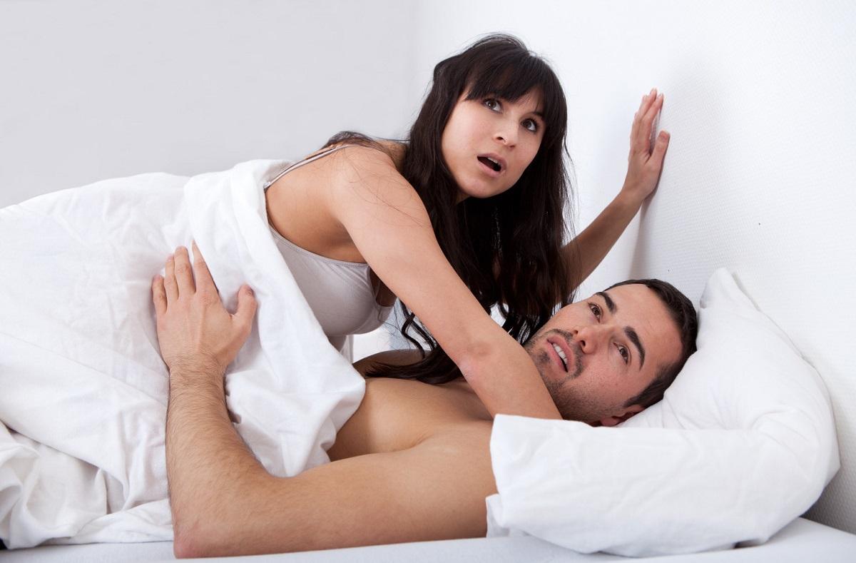 Истражувањата покажуваат на кој датум мажите најмногу изневеруваат. Станува збор за еден ден до кој сме многу блиску!