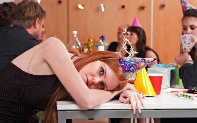 Научно докажано: Сите луѓе потајно мразат да излегуваат