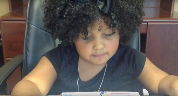 Запознајте ја Делија: 4-годишно девојче кое има прочитано 1.000 книги!