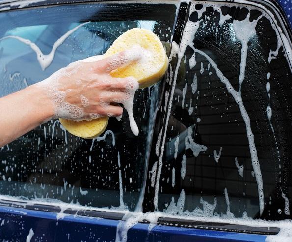 4 причини зошто секогаш треба да го одржувате чист вашиот автомобил