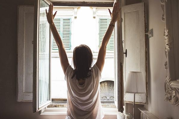 Како секое утро да се разбудите смирени и полни со енергија?