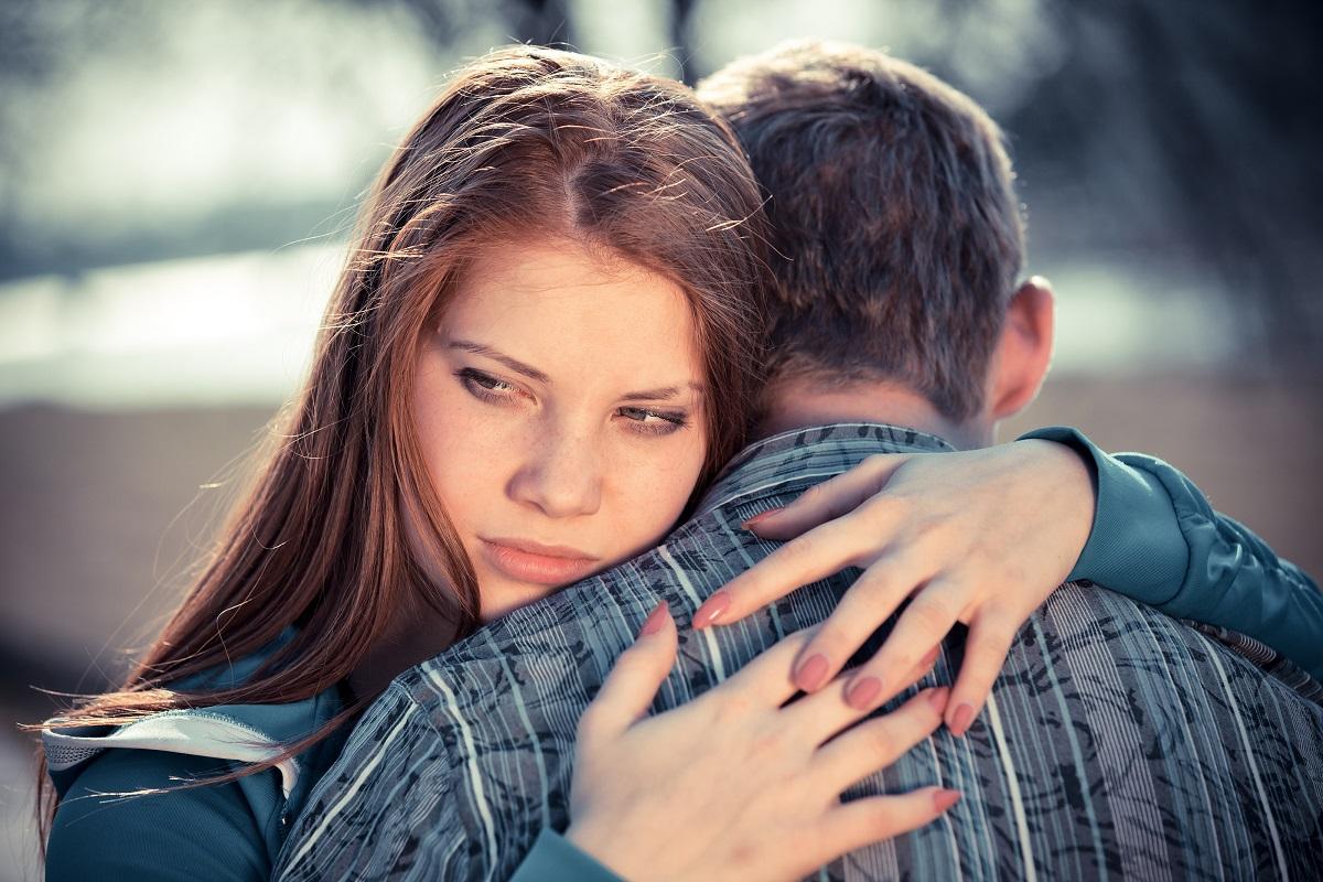 Ако сакате совршена љубовна врска, тогаш мора да прифатите дека тој има недостатоци