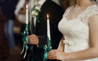 Зошто невестата стои од левата страна на младоженецот? Причината не е воопшто романтична!