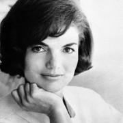 8 безвременски совети за убавина од прекрасната Џеки Кенеди