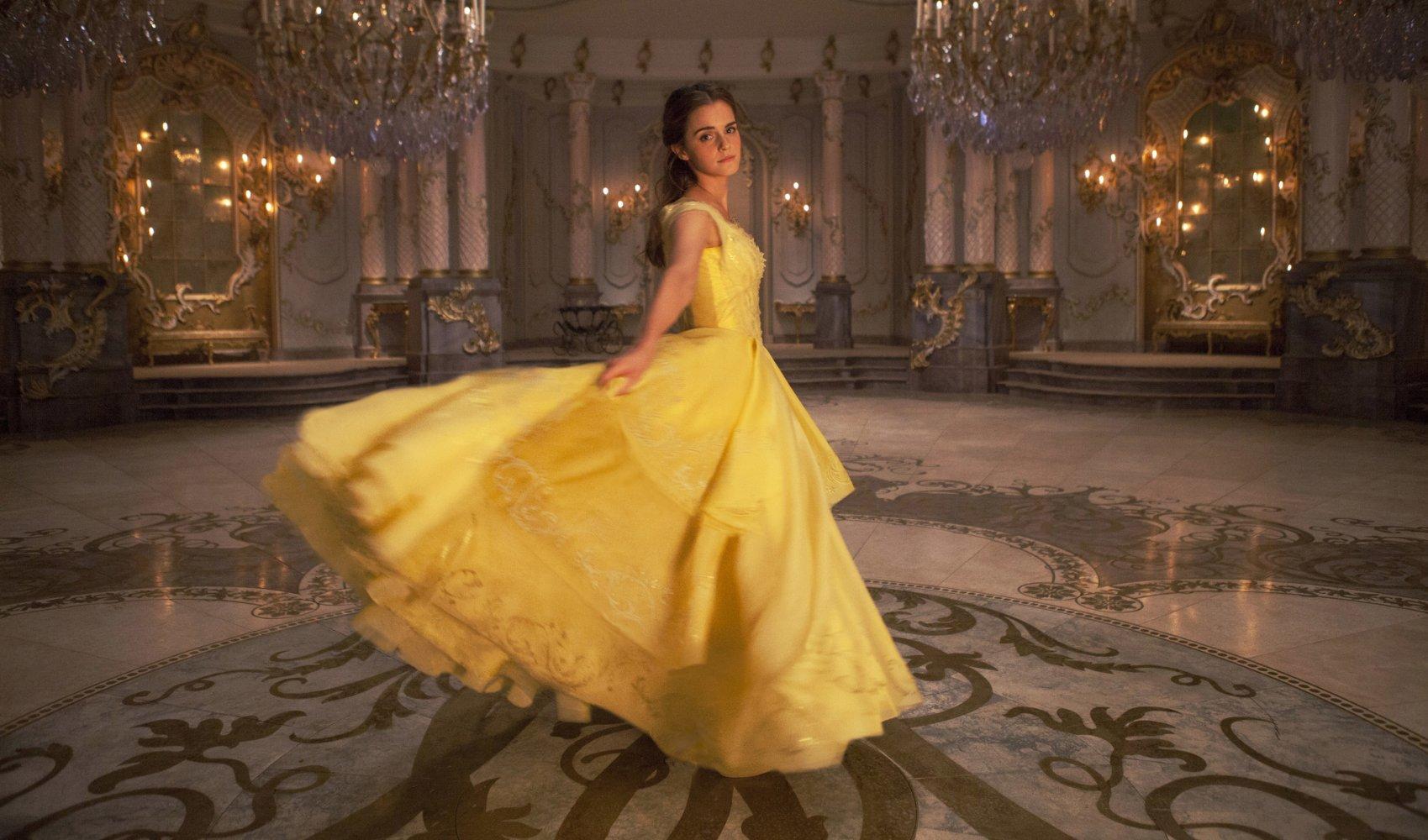 (2) Филм: Убавицата и ѕверот (Beauty and the Beast)