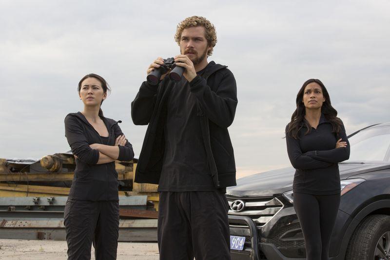 (2) ТВ серија: Железна тупаница (Iron Fist)