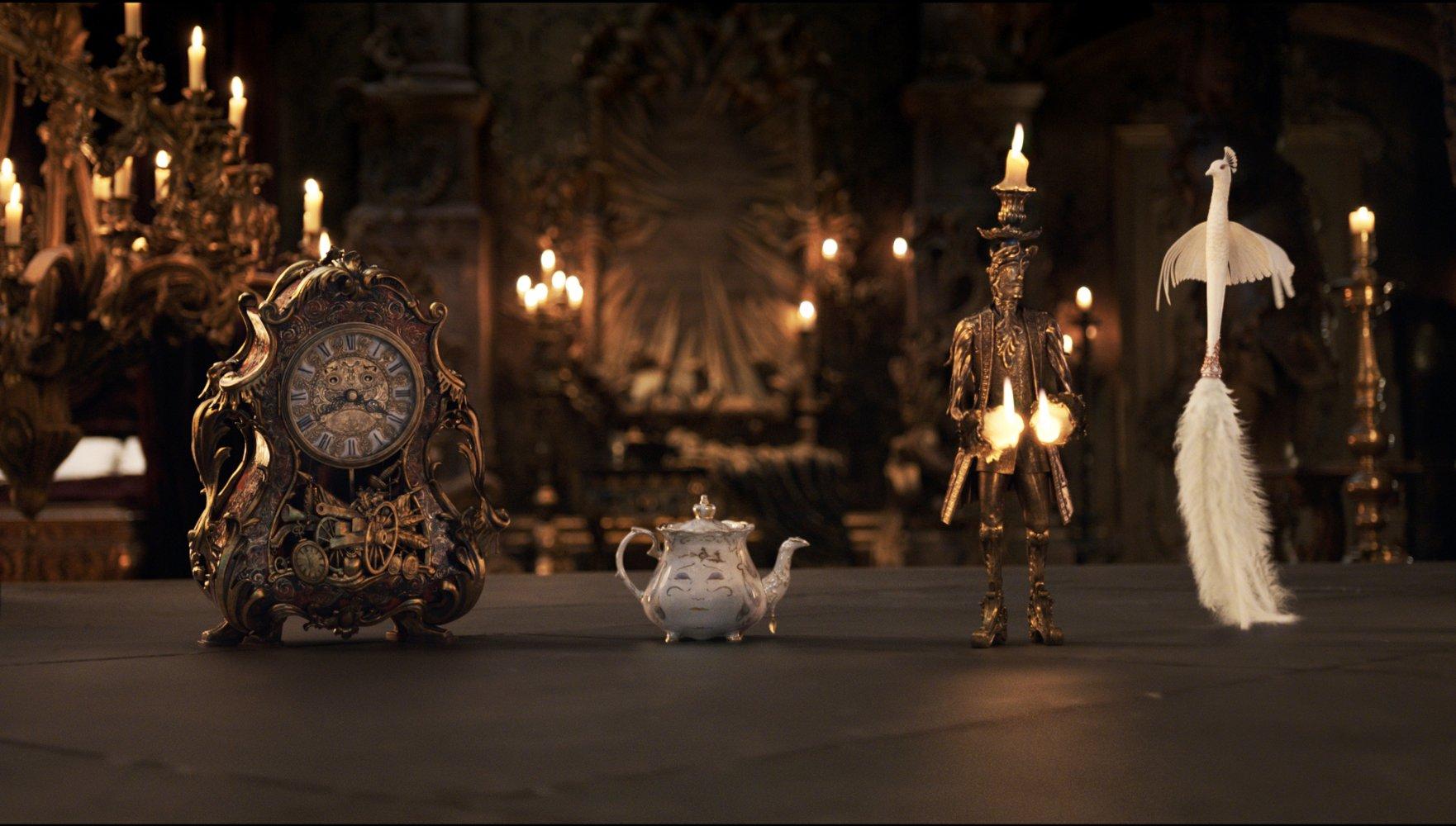(3) Филм: Убавицата и ѕверот (Beauty and the Beast)